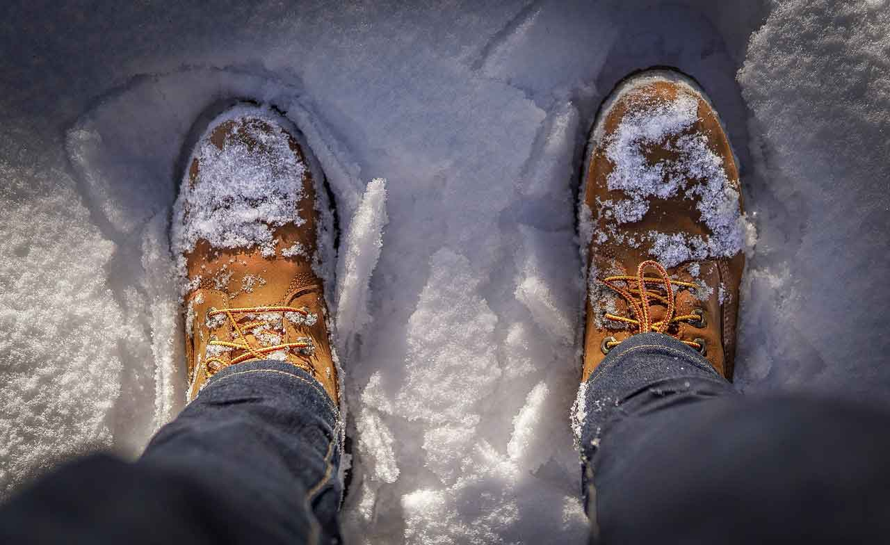 Researchers Reveal Why Your Winter Boots Don't Prevent Ice Falls